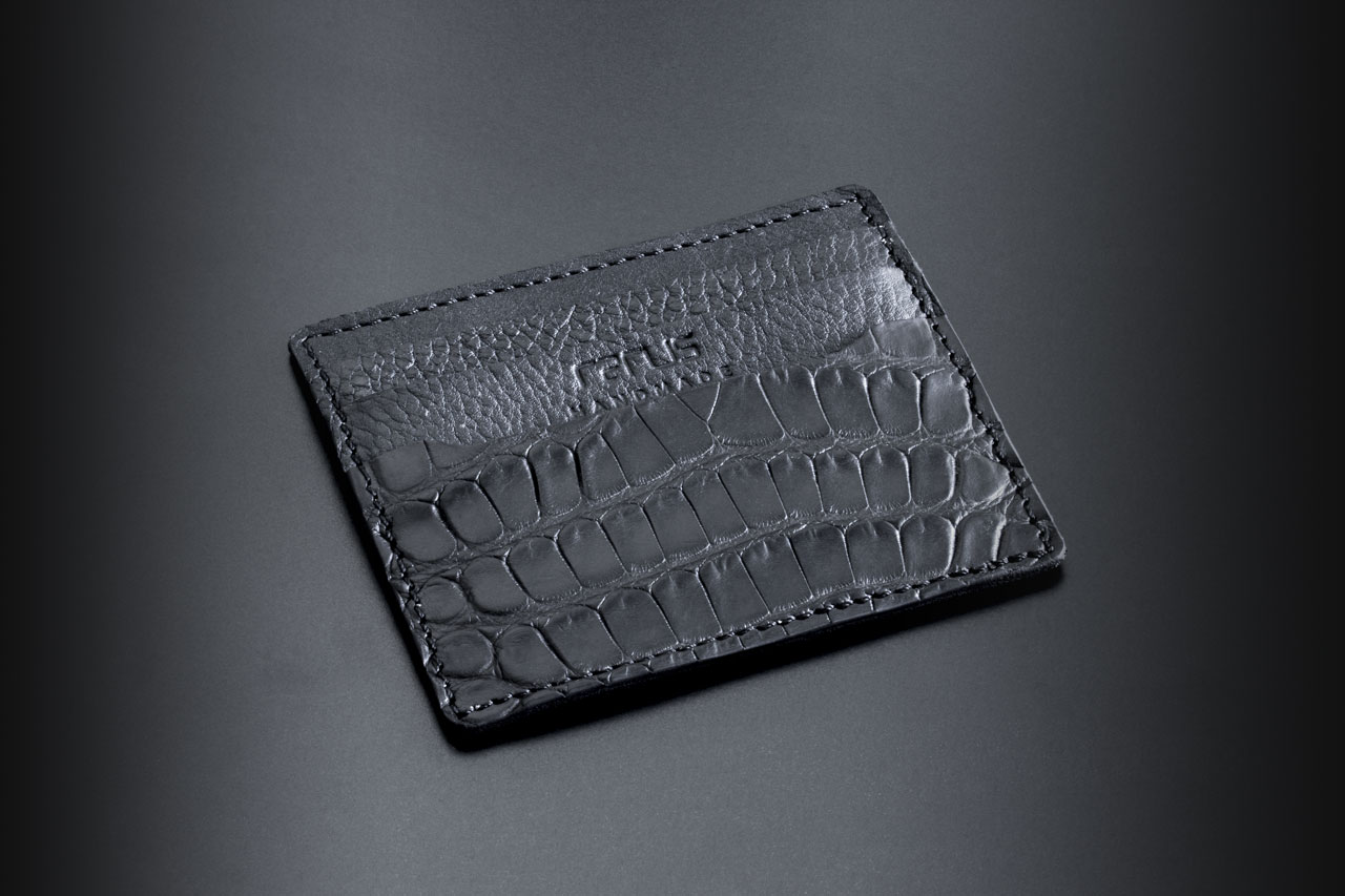 handmade aligator leather credit card case