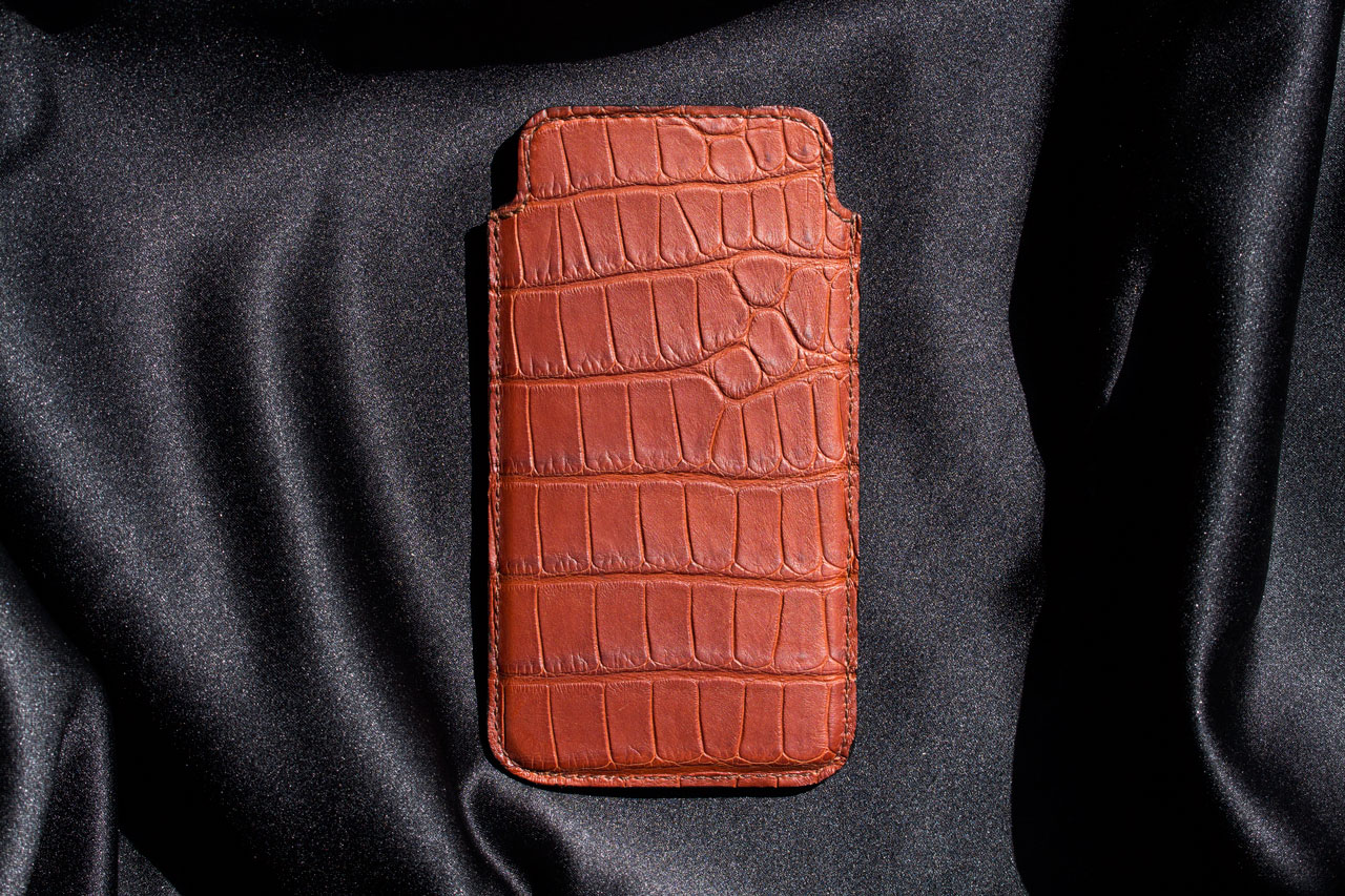 handmade aligator leather iPhone case